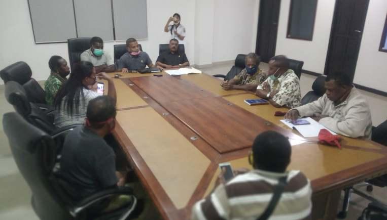 Belum Dapat 13 Syarat dari Disperindag, 28 Pangkalan Mitan Kembali Temui Komisi B
