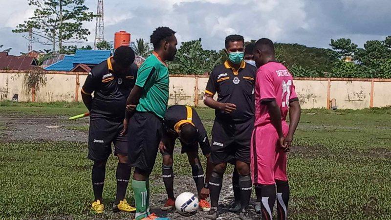 Dua Tim Mimika Barat Raih Kemenangan, Yohanes Tokeyau Borong 4 Gol