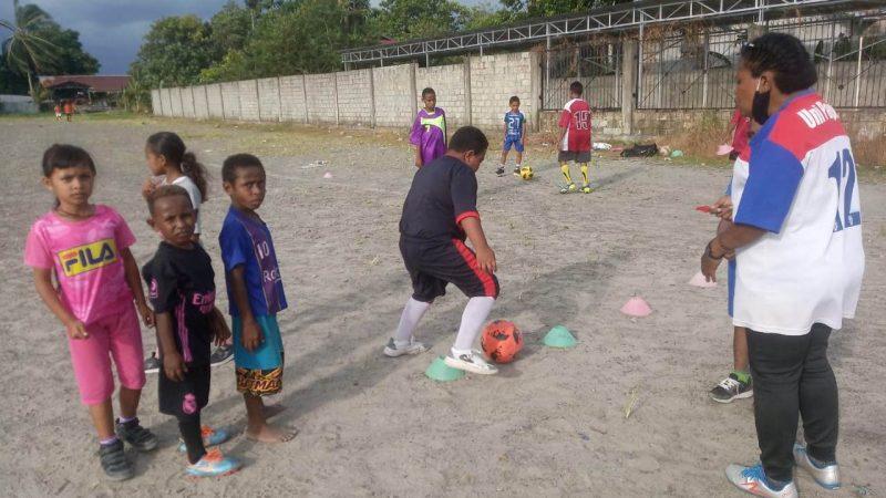 SSB Mimika Dup Enelop Siap Ciptakan Bibit Pemain Muda