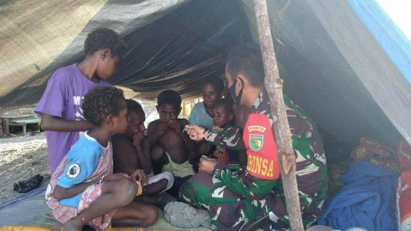 Memperkokoh Kemanunggalan TNI Dengan Rakyat, Babinsa Koramil Mapurujaya Beri Motivasi Anak Anak Wania